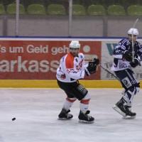 03-11-2013_memmingen_eishockey_indians_ecdc_ev-lindau_niederlage_fuchs_new-facts-eu20131103_0037