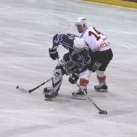 03-11-2013_memmingen_eishockey_indians_ecdc_ev-lindau_niederlage_fuchs_new-facts-eu20131103_0047
