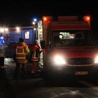 04-01-2014_bab-a7-gronenbach_unfall_uberschlag_feuerwehr_first-responder_poeppel_new-facts-eu20140104_0011