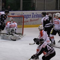 10-01-2014_ecdc-memmingen_indians_eishockey_hochstadter-ec_sieg_fuchs_new-facts-eu20140110_0058