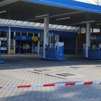 10-03-2014_memmingen_tankstellen-einbruch_aral_polizei_poeppel_new-facts-eu20140310_0004