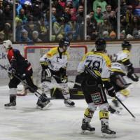 12-01-2014_allgau-derby_eishockey_indians_ecdc-memmingen_erc-sonthofen_niederlage_poeppel_new-facts-eu20140112_0006