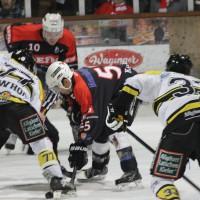 12-01-2014_allgau-derby_eishockey_indians_ecdc-memmingen_erc-sonthofen_niederlage_poeppel_new-facts-eu20140112_0087