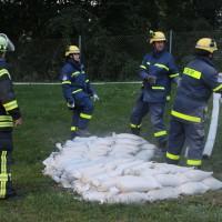 13-09-2013_unterallgau_ettringen_katastrophenschutzteilubung_dammsicherung_kreisbrandinspektion_landratsamt_poeppel_new-facts-eu20130913_0065