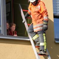 18-10-2013_biberach_hürbel_grundschule_brandschutz_feuerwehr-gutenzell_poeppel_new-facts-eu20131018_0022