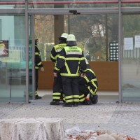 18-11-2013_memmingen_bma_notkerschule_feuerwehr-memmingen_poeppel_new-facts-eu20131118_0006
