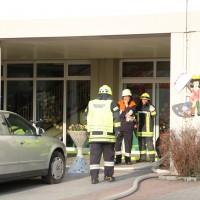 2014041111-04-2014_neu-ulm_altenstadt_brand_schule_b5_feuerwehr_rettungsdienst_poeppel_new-facts-eu_0014