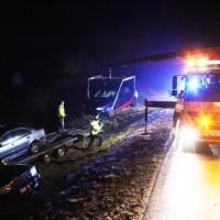 21-01-2014_bab-a96_kohlbergtunnel_stetten-autotransporter_verunglückt_poeppel_new-facts-eu20140121_0004
