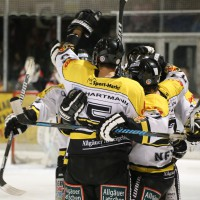 21-03-2014_eishockey_babyernliga-meister_erc-sonthofen_ecdc-memmingen_indians_poeppel_groll_new-facts-eu20140321_0024