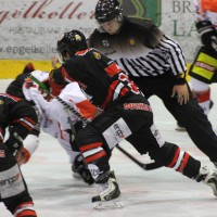 22-11-2013_eishockey_memmingen_indians_ecdc_buchloe-pirates_poeppel_new-facts-eu20131122_0034