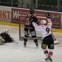22-11-2013_eishockey_memmingen_indians_ecdc_buchloe-pirates_poeppel_new-facts-eu20131122_0130