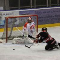 22-11-2013_eishockey_memmingen_indians_ecdc_buchloe-pirates_poeppel_new-facts-eu20131122_0157