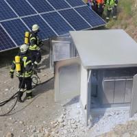 17-06-2014-ostallgaeu-thalhofen-brand-trafo-solarpark-feuerwehr-bringezul-new-facts-eu_0014