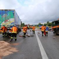 30-06-2014-bab-a96-leutkirch-unfall-lkw-sperrung-feuerwehr-sicherungsanhaenger-groll-new-facts-eu (11)