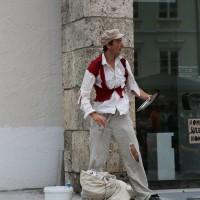 05-07-2014-memmingen-strassenkuenstler-memminger-meile-poeppel-new-facts-eu20140705_0029