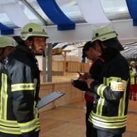 03-08-2014-kempten-allgaeu-katastrophenschutzuebung-feuerwehr-thw-brk-juh-festwoche-groll055
