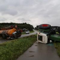 26-08-2014-mindelheim-b18-anna-unfall-traktor-guellefass-sperrung-polizei-poeppel-new-facts-eu (11)