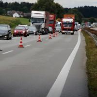 27-07-2014-a7-altenstadt-illertissen-unfall-400ps-sportwagen-feuerwehr-polizei-wis-new-facts-eu (13)