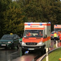 05-09-2014-buxheim-steinheim-egelseerstrasse-unfall-frontal-verletzt-feuerwehr-poeppel-new-facts-eu (8)