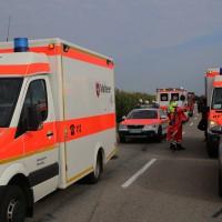 06-09-2014-unterallgaeu-ungerhausen-unfall-maisfeld-ueberschlag-feuerwehr-poeppel-new-facts-eu (4)