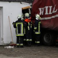 02.12.2014 LKW-in-Haus-Totalschaden-Fahrer-tot-Feuerwehr-Polizei- Rettungsdienst-Halblech-Vollsperrung-Bringezu-New-facts (35)