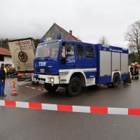 02.12.2014 LKW-in-Haus-Totalschaden-Fahrer-tot-Feuerwehr-Polizei- Rettungsdienst-Halblech-Vollsperrung-Bringezu-New-facts (54)
