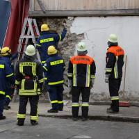 02.12.2014 LKW-in-Haus-Totalschaden-Fahrer-tot-Feuerwehr-Polizei- Rettungsdienst-Halblech-Vollsperrung-Bringezu-New-facts (80)