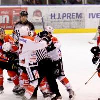 05-12-2014-eishockey-indians-ecdc-memmingen-buchloe-sieg-fuchs-new-facts-eu20141205_0080