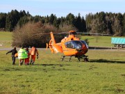 12.12.2014-Geisenried-B16-B12-Unfall-Totalschaden-Vollsperrung-schwer-verletzt-Rettungshubschrauber-Polizei-Rettungsdienst-Bringezu-New-facts (26)