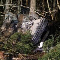 16-12-2014-a96-biberach-erolzheim-edelbeuren-unfall-wald-ueberholen-feuerwehr-polizei-new-facts-eu0002