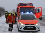 29-12-14_BY_A7-Memmingen-Woringen-Unfall-Schnee-Feuerwehr-poeppel-new-facts-eu0004