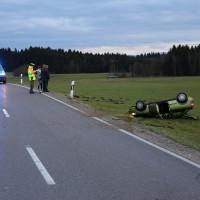 Unfall-OAL10-Ostallgäu-Ostallgaue-überschlag-verletzt-PKW-bringezu-new-facts (10)