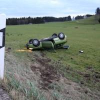 Unfall-OAL10-Ostallgäu-Ostallgaue-überschlag-verletzt-PKW-bringezu-new-facts (7)