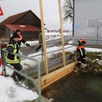 04-01-15_BY_Legau_Hochwasserschutz_Feuerwehr_Flutung-Wiesen_poeppel-new-facts-eu0002