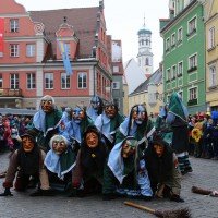 18-01-15_Memmingen_Narrensprung_Fasnet_Fasching_Nachtumzug_Stadtbachhexen_Poeppel_new-facts-eu0019