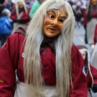 18-01-15_Memmingen_Narrensprung_Fasnet_Fasching_Nachtumzug_Stadtbachhexen_Poeppel_new-facts-eu0037