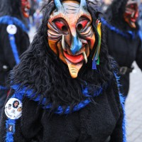 18-01-15_Memmingen_Narrensprung_Fasnet_Fasching_Nachtumzug_Stadtbachhexen_Poeppel_new-facts-eu0065