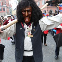 18-01-15_Memmingen_Narrensprung_Fasnet_Fasching_Nachtumzug_Stadtbachhexen_Poeppel_new-facts-eu0160
