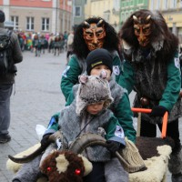 18-01-15_Memmingen_Narrensprung_Fasnet_Fasching_Nachtumzug_Stadtbachhexen_Poeppel_new-facts-eu0272