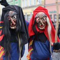 18-01-15_Memmingen_Narrensprung_Fasnet_Fasching_Nachtumzug_Stadtbachhexen_Poeppel_new-facts-eu0298