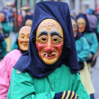 18-01-15_Memmingen_Narrensprung_Fasnet_Fasching_Nachtumzug_Stadtbachhexen_Poeppel_new-facts-eu0381