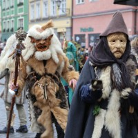 18-01-15_Memmingen_Narrensprung_Fasnet_Fasching_Nachtumzug_Stadtbachhexen_Poeppel_new-facts-eu0396