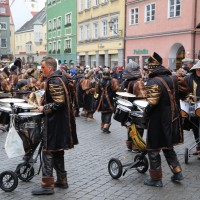 18-01-15_Memmingen_Narrensprung_Fasnet_Fasching_Nachtumzug_Stadtbachhexen_Poeppel_new-facts-eu0474