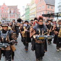 18-01-15_Memmingen_Narrensprung_Fasnet_Fasching_Nachtumzug_Stadtbachhexen_Poeppel_new-facts-eu0475