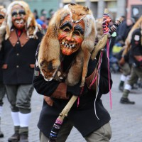 18-01-15_Memmingen_Narrensprung_Fasnet_Fasching_Nachtumzug_Stadtbachhexen_Poeppel_new-facts-eu0486