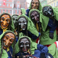 18-01-15_Memmingen_Narrensprung_Fasnet_Fasching_Nachtumzug_Stadtbachhexen_Poeppel_new-facts-eu0541