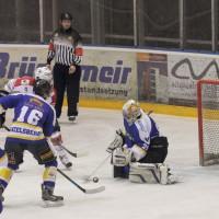 23-01-15_Eishockey_Indians_ECDC-Memmingen_Waldkraiburg_Match_Fuchs_new-facts-eu0029