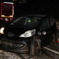 30-01-15_A7-Dietmannsried_Unfall_Schnee_Feuerwehr_Poeppel_new-facts-eu0008
