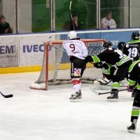 01-02-2015_Eishockey_Memmingen_Indians-ECDC_ Hoechstadt_match_Fuchs_new-facts-eu0007