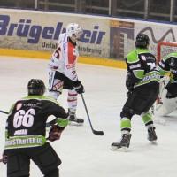 01-02-2015_Eishockey_Memmingen_Indians-ECDC_ Hoechstadt_match_Fuchs_new-facts-eu0034